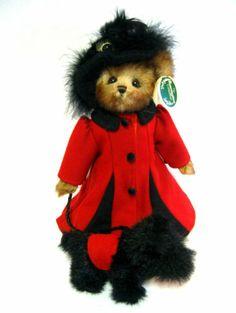 """14"""" RETIRED 2005 PLUSH """"LOTTIE & SCOTTIE"""" #1604 Bearington Bear Collection."""