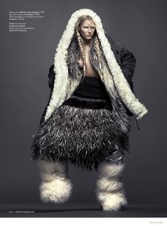 Fifty Words For Snow Publication: Vogue Netherlands November 2014 Model: Emily Baker Photographer: Ishi Fashion Editor: Marije Goekoop Hair: Maxime Mace Make-up: Tatsu Yamanaka Weird Fashion, Fur Fashion, Ethnic Fashion, Winter Fashion, Fashion Looks, Style Fashion, Mode Editorials, Fashion Editorials, Vogue Magazine