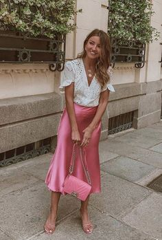 Sally satin silk midi slip dress in baby pink in 2019 Pink Skirt Outfits, Glamouröse Outfits, Midi Skirt Outfit, Classy Outfits, Spring Outfits, Dress Skirt, Slip Dress Outfit, Pink Midi Skirt, Slip Dresses