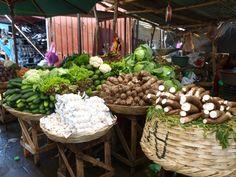 market in managua Nicaragua Managua, Nicaraguan Food, Spanish Food, Travel Inspiration, Culture, Table Decorations, History, Recipes, Viajes