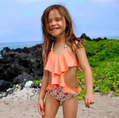 This is the sweetest monokini with a double ruffle on the front and a small ruffle on the bum. Feminine yet such a great fit you can even go surfing in it! XS = Newborn - 1 Year S = 2 Years M = 2 - Preteen Girls Fashion, Kids Fashion, Kids Girls, Cute Girls, Baby Swimsuit, Girls Bathing Suits, Best Swimsuits, Girls Swimming, Kids Swimwear