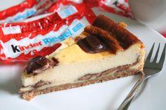 Der Kinderriegel-Käsekuchen ist einfach in der Zubereitung und ein absolutes Muss für Schleckermäuler. Ein Rezept das auch Kindern schmeckt.