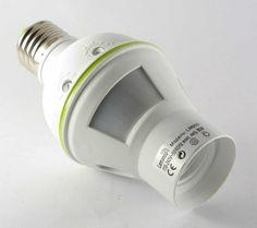 Датчик движения с цоколем Е27 и патроном Е27 120` LM650. Применяется для автоматического освещения различных помещений (гараж, офис, комната). Популярное применение – оснащение коридоров и прихожих (ночью не нужно искать дверь в темноте, а если придут гости, им не нужно будет искать включатель:) Установка такая же, как вкручивание обычной лампочки. Цена 8$