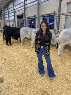 Ag Teacher Style - Rodeo outfits for women - Sexy Cowgirl Outfits, Western Outfits Women, Country Style Outfits, Southern Outfits, Rodeo Outfits, Country Wear, Cute N Country, Cute Casual Outfits, Best Friend Outfits