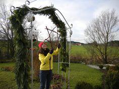 at Christmas my tigsto garden needs a star