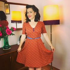 I can wear it finally. This is one of my favorite patterns from Sew Over It Making Clothes, How To Make Clothes, Sewing Ideas, Sewing Projects, Sewing Patterns, 1940s Tea Dress, Sew Over It Patterns, Dress Sewing, Kurti