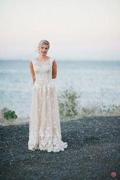 Lace,champagne-colored wedding dress!Beautiful!