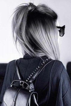33 Versuchen Sie graues Ombre-Haar in dieser Saison Graues Ombre-Haar bleibt beliebt, w . - 33 Probieren Sie Grey Ombre Hair in dieser Saison Haar Graues Ombre-Haar bleibt beliebt, was - Hair Color For Black Hair, Ombre Hair Color, Cool Hair Color, Silver Hair Colors, Black And Grey Hair, Ombre Silver Hair, Grey Hair Colors, Grey Ambre Hair, Grey Hair With Dark Roots