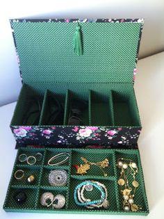 Tiquinha Flor : Caixa porta óculos escuro e jóias