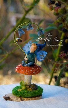 Bluebell Fairy Waldorf inspirierte Kunst Puppe von Phoebecapelle Mehr