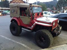 That is a FUN little Willys!