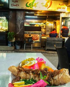 Syrian shawarma 😍🇸🇾