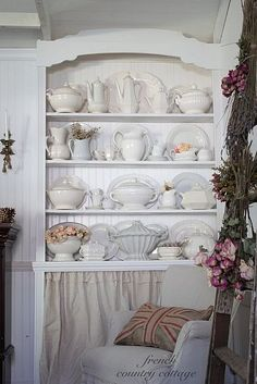 DIY:: Guide to finding thrift China & How to Store it !