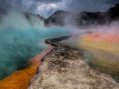 Champagne Pool, Waiotapu Geothermal Area, North Island, New Zealand  Seth Resnick / SuperStock