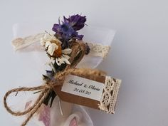 these favours are perfect for rustic weddings and vintage weddings - Insta Rustic Weddings, Vintage Weddings, Soap Gifts, Soap Wedding Favors, Handmade Items, Handmade Gifts, Soap Making, Marketing And Advertising, Heart Shapes