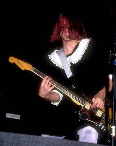 Kurt Cobain live in LA, California, 1991.