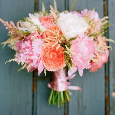.@The Bride's Cafe | Kara's bouquet!! I love seeing my bride's reaction when I deliver their bouqu...
