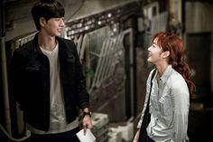 Park Hae Jin&Kim Go Eun in the series Cheese in the Trap Cheese In The Trap Kdrama, Cheese In The Trap Webtoon, Memories Of The Sword, Saga, Park Haejin, Seo Kang Joon, Sung Kyung, Kim Go Eun, Park Shin Hye