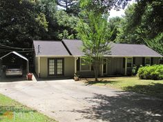 1019 Monopoly Dr, Lawrenceville, GA 30046. 3 bed, 1 bath, $111,900. Great First Time Buy...