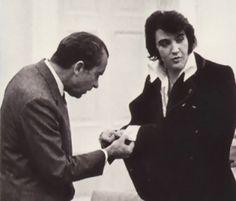Elvis Presley | December 21, 1970 President Nixon admires Elvis' cufflinks