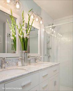 Bathroom Light Fixtures for Double Vanity. 20 Bathroom Light Fixtures for Double Vanity. Bathroom Mirror Design, Bathroom Vanity Lighting, Bathroom Styling, Bathroom Interior, Bathroom Designs, Mosaic Bathroom, Bathroom Vanity Makeover, Bathroom Ideas, Bad Styling