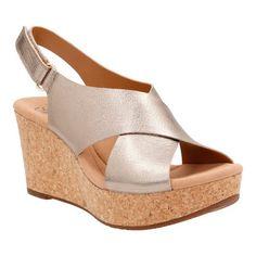 999d9f5ee20b78 Clarks Women s Annadel Eirwyn Slingback Wedge Sandal
