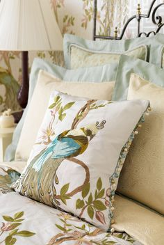 30 Best Interior Design Projects by Nina Campbell Nina Campbell Wallpaper, Osborne And Little, Bed Pillows, Cushions, Textiles, Best Interior Design, Beautiful Bedrooms, Beautiful Interiors, Fabric Wallpaper