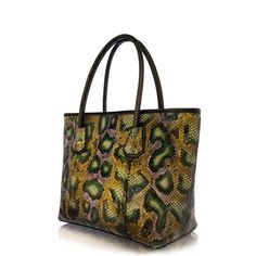 Barcelona, Tote Bag, Bags, Fashion, Handbags, Moda, Fashion Styles, Barcelona Spain, Totes
