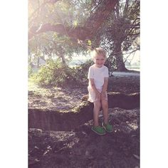 #millertime photoOp with iPhone. Under a large tree of the golf course. @gloveking he is so cute when he poses for me!
