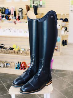 50+ ideeën over Kingsley Riding Boots in 2020 | rijlaars