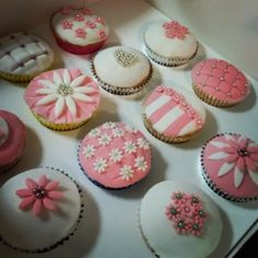 Ladies cupcakes pink perfect birthday Party girls cake
