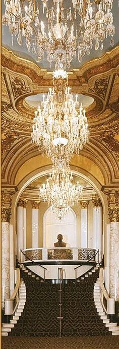 New Ideas For Apartment Interior Luxury Floors Luxury Chandelier, Luxury Lighting, Chandelier Lighting, Modern Lighting, Bedroom Chandeliers, Modern Lamps, Crystal Chandeliers, Dining Lighting, Bathroom Lighting