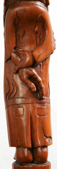 """SCULPTURES BOIS: Détail des mains du Sage Bedonnant du Bâton la """"Racine Transfigurée""""... Sculpture Pierre Damiean. voir le site:  www.pierdam.fr"""
