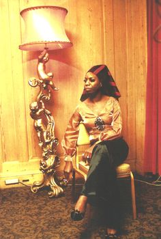 Listen to music from Nina Simone like Feeling Good, I Put a Spell on You & more. Find the latest tracks, albums, and images from Nina Simone. Nina Simone, Black Is Beautiful, Beautiful People, Beautiful Women, Amazing People, Burlesque, Divas, Carolina Do Norte, Vintage Black Glamour