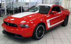 Boss 302 Mustang--my dream car if it was yellow :) Ford Mustang Boss, Red Mustang, 2015 Mustang, Mustang Gt500, Mustang Cars, Used Porsche, Performance Cars, Ford Motor Company, My Ride