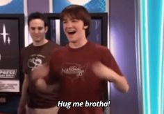 drake-josh-hug-me-brotha