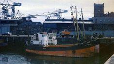 MV Toward Lass & MV Cumbrae Lass in the Victoria Harbour, Greenock Boat Drawing, Victoria Harbour, Merchant Marine, Old Boats, Maritime Museum, Glasgow, Sailing Ships, Scotland, Coast