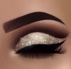 Eye Makeup Steps, Makeup Eye Looks, Beautiful Eye Makeup, Eye Makeup Art, Smokey Eye Makeup, Cute Makeup, Pretty Makeup, Eyeshadow Makeup, Makeup Looks