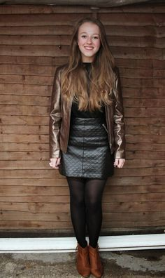 Fashion inspired by the people in the street ootd look outfit sexy high heels legs woman girl babe wear wearing skirt miniskirt leather Black Pantyhose, Black Tights, Leather Mini Skirts, Leather Skirt, Crazy Leggings, Leather Leggings Outfit, Leder Outfits, Hot High Heels, Hot Outfits