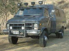 Urban Assault Vehicle   Dana 60 Install under Urban Assault Vehicle
