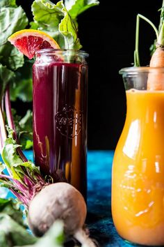 Red's 3 Favorite Winter Juices and Smoothies: Protein Packed Matcha Smoothie/Citrus Beet Juice/Tropical Carrot Juice. Energy Juice Recipes, Best Juicing Recipes, Healthy Juice Recipes, Healthy Juices, Healthy Foods To Eat, Us Foods, Healthy Herbs, Healthy Drinks, Beet Recipes