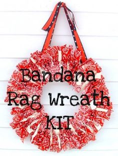 BANDANA RAG WREATH