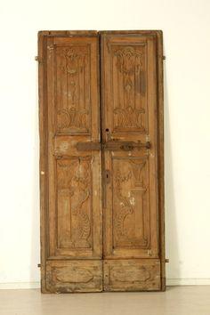 Altri mobili: Porte antiche #dimanoinmanoantiquariato #antiquariato