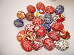 colour fantasy: Decorated eggs from Bulgaria - illustrations