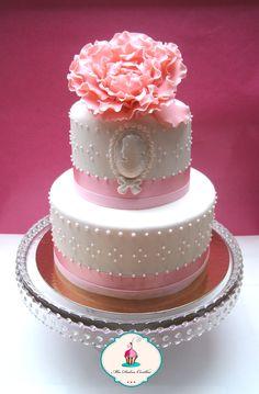 #tarta realizada en #fondant con #flor para el #curso de tartas nivel 1