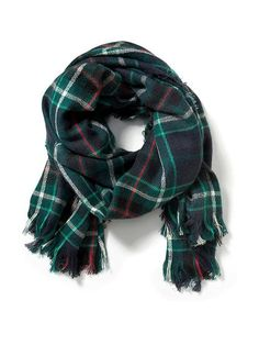 Nwt Old Navy Blanket Scarf Old Navy Scarves, Green Scarves, Tartan Plaid Scarf, Oversized Flannel, Blanket Scarf, Women's Accessories, Christmas Decor, Christmas 2016, Christmas Wishes
