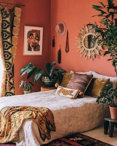 57 Bohemian Bedrooms Thatll Make You Want to Redecorate ASAP # Bohemian Bedroom Decor ASAP Bedrooms Bohemian Redecorate Thatll Room Ideas Bedroom, Bedroom Colors, Home Bedroom, Modern Bedroom, Master Bedroom, Coral Bedroom, Bedroom Apartment, Bedroom Wall, Bohemian Bedroom Decor