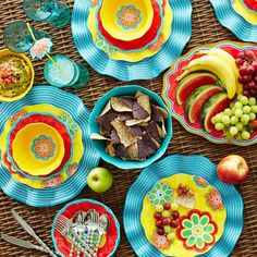 Sunny Floral Melamine Dinnerware ~ These are so pretty. I love the place mats.  sc 1 st  Pinterest & Melamine Outdoor Dinnerware | Melamine Outdoor Dinnerware: plastic ...