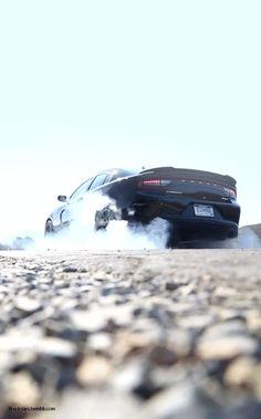 "h-o-t-cars: "" 2015 Dodge Charger SRT Hellcat """