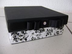 Caixas de MDF, medindo 15x5x5, úteis para serem oferecidas como lembrancinhas de casamento, padrinhos, maternidade, batizado.....  PREÇO SOB CONSULTA. PEÇA UM ORÇAMENTO SEM COMPROMISSO